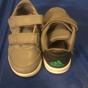 Great condition adidas sneakers for boys
